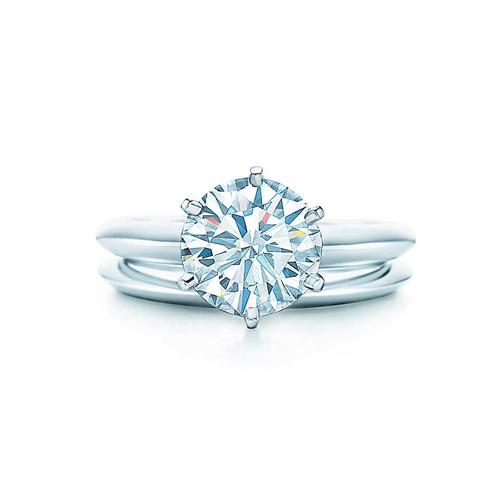 Tiffany經典款鑽戒